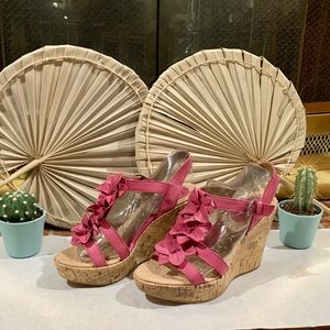 boc 💕 wedges sandal 💕🌷soft and comfort